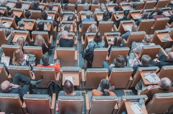 חגורת הגברה למרצים ומורים